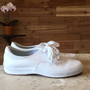 Keds white casual sneakers sz 8